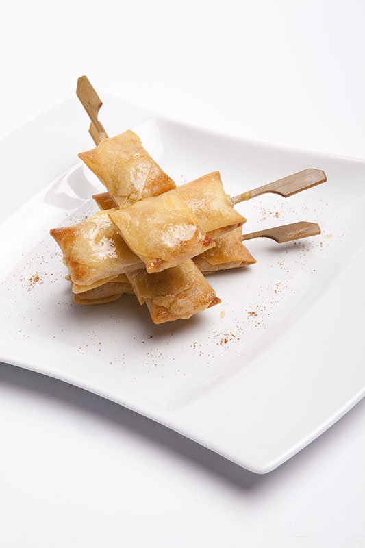 Frozen TWISTY SKEWERS (RED CURRY SHRIMP SKEWER IN FILO PASTRY)_Thai Tapas-Freshpack